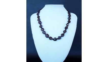 The Elegant Royal Garnet Necklace